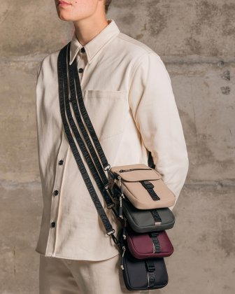 BUGATTI X EDITION22 - Crossbody that's both slim and functional, perfect for your small essentials items - Black Bugatti